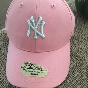 NY Yankees Pink Infant Hat NWT